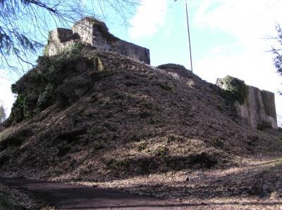 Burg_Kuernberg_01